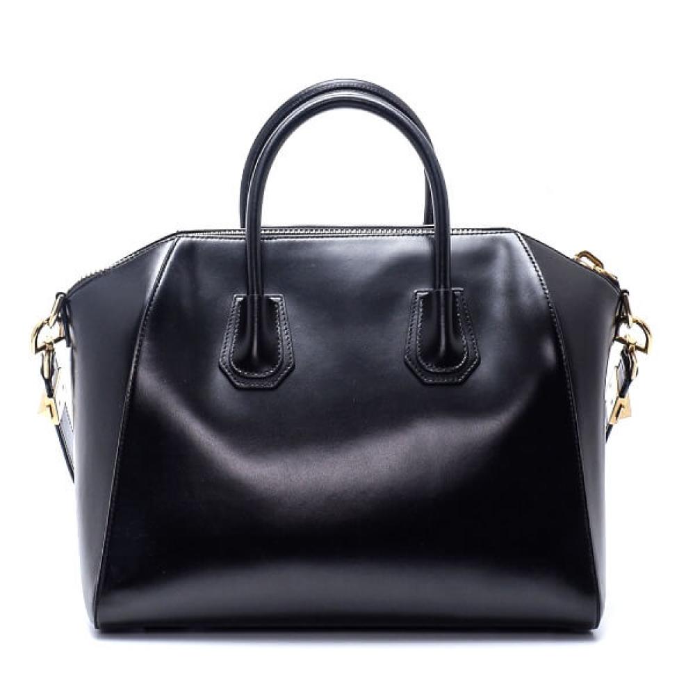 Givenchy - Black Smooth Leather Medium Antigona Bag