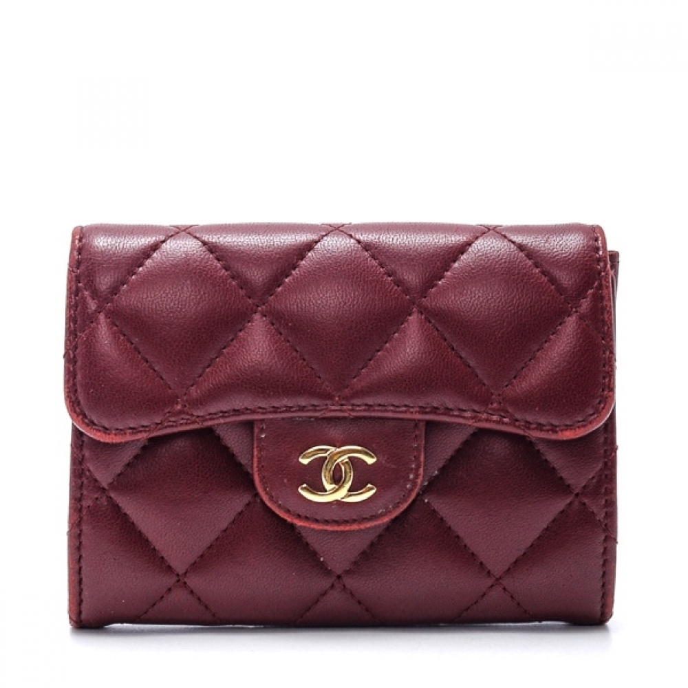Chanel - Bordeaux Quilted Lambskin Leather Classic Card Holder