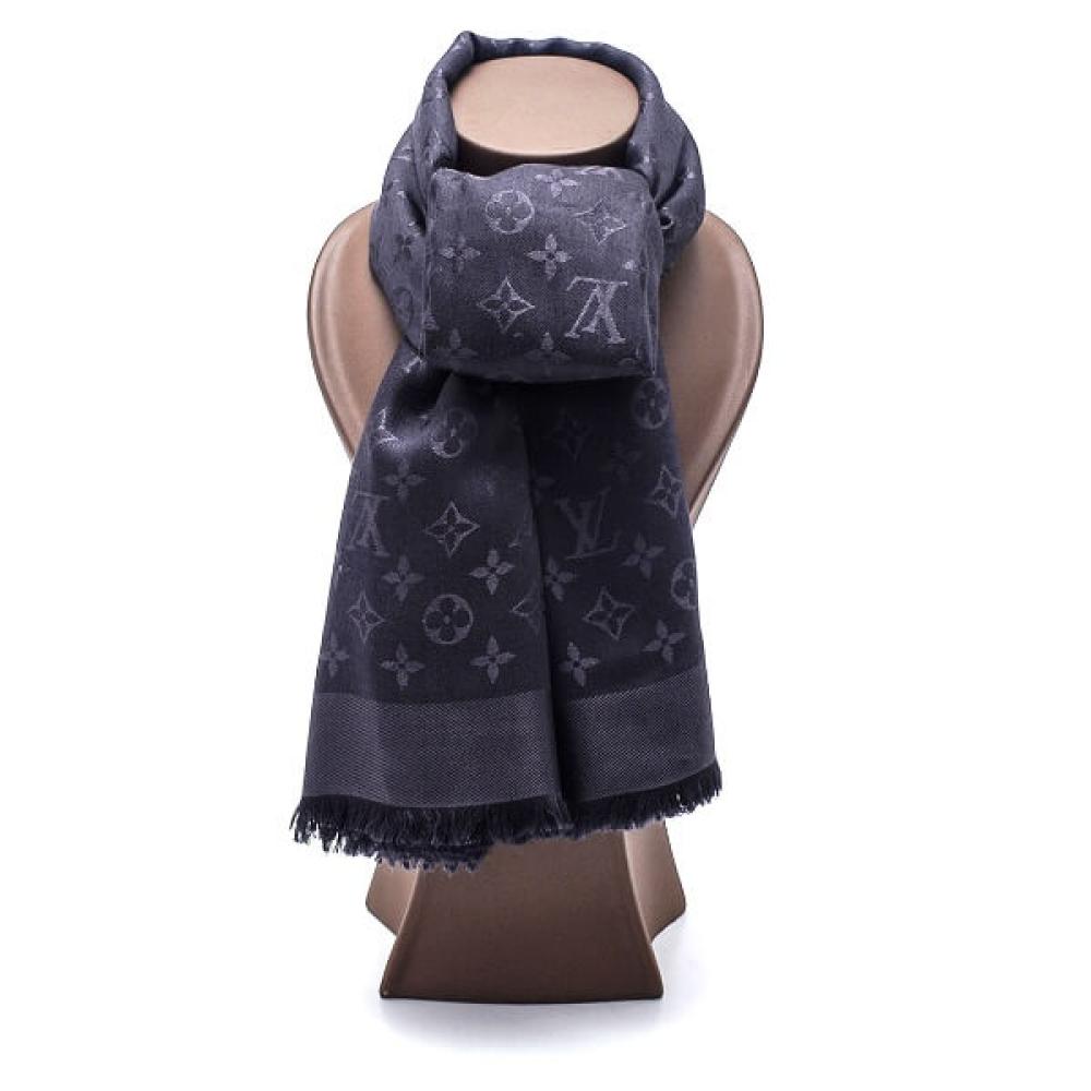 Louis Vuitton - Anthracite Monogram Classic Shawl